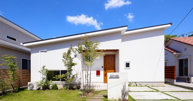 white-style-roofwing-house-01